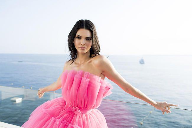 Kendall Jenner 'Vil have Ben Simmons tilbage' midt i rygter om, at han dater Maya Jama