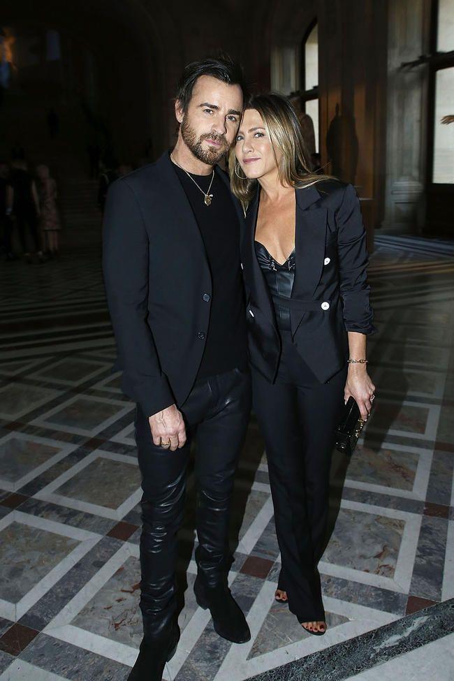 Frá Kim Kardashian til Jennifer Lopez: röðun 13 fræga fólks sem er heltekin af því að gifta sig