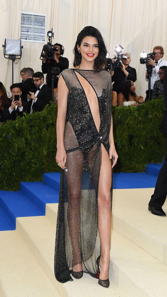 Met Gala 2017: Kendall Jenner və A $ AP Rocky romantikası Super Sleuth Kim Kardashian tərəfindən Kamerada çəkildi