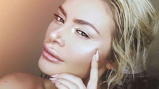 Chloe Sims réplique à la fan de Megan McKenna qui l'a qualifiée de 'merde moche