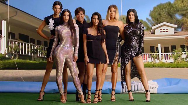 Les Kardashian ont recréé leurs titres KUWTK de la première saison