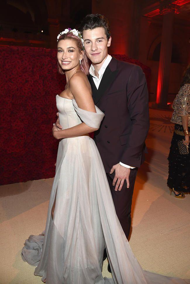 On a demandé à Shawn Mendes s'il se produirait au mariage de l'ex Hailey Baldwin et Justin Bieber