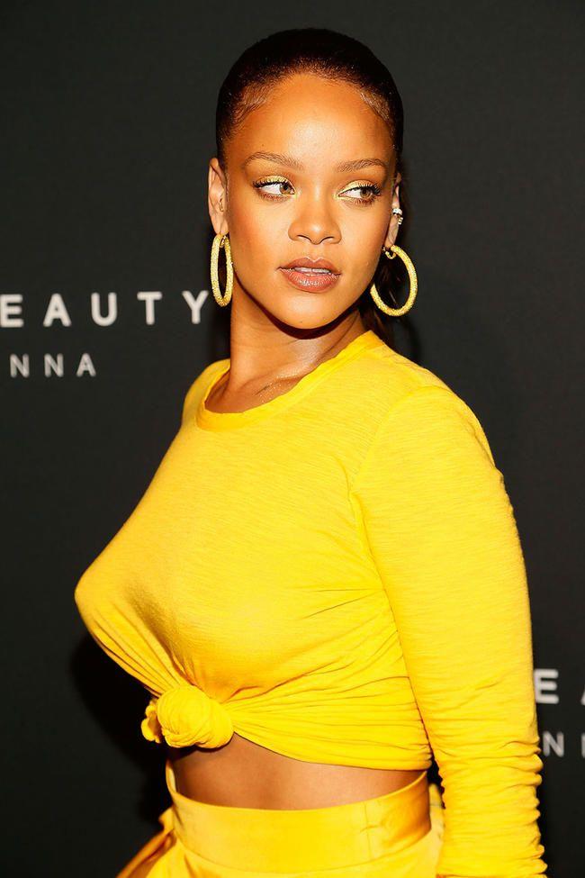 Rihanna tips hun skulle ønske hun kunne spole tilbake og gjøre om på å miste jomfrudommen