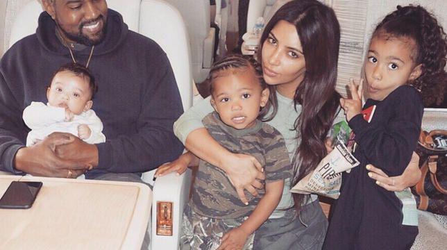 Најбоље породичне слике Ким Кардасхиан са Кание Вестом и децом