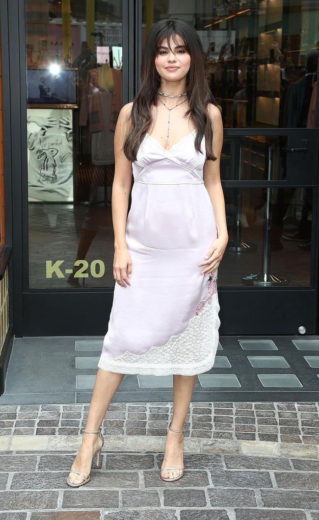 Selena Gomez vinner en pris fra Peta for sin Vegan Rare Beauty Makeup Collection