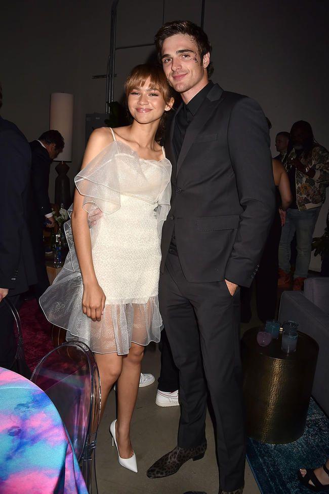 Jacob Elordi har blitt avbildet og kysset ryktet kjæreste Zendaya i New York