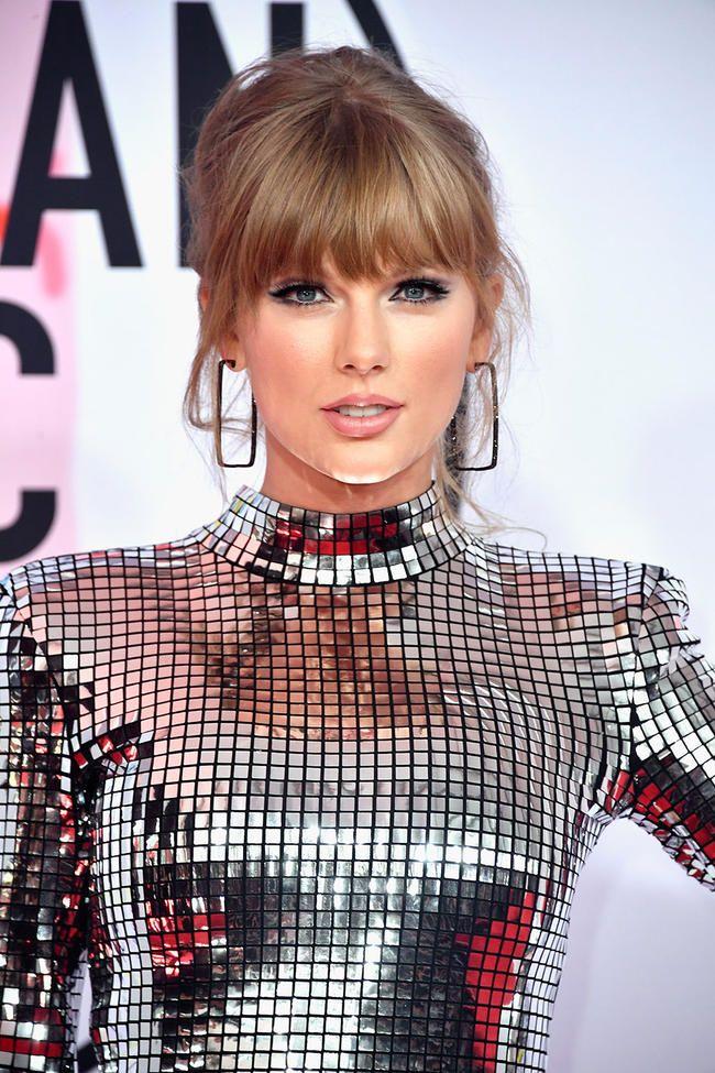 Selena Gomez enthüllt, wie Taylor Swift sie durch das Justin-Bieber-Drama unterstützt hat