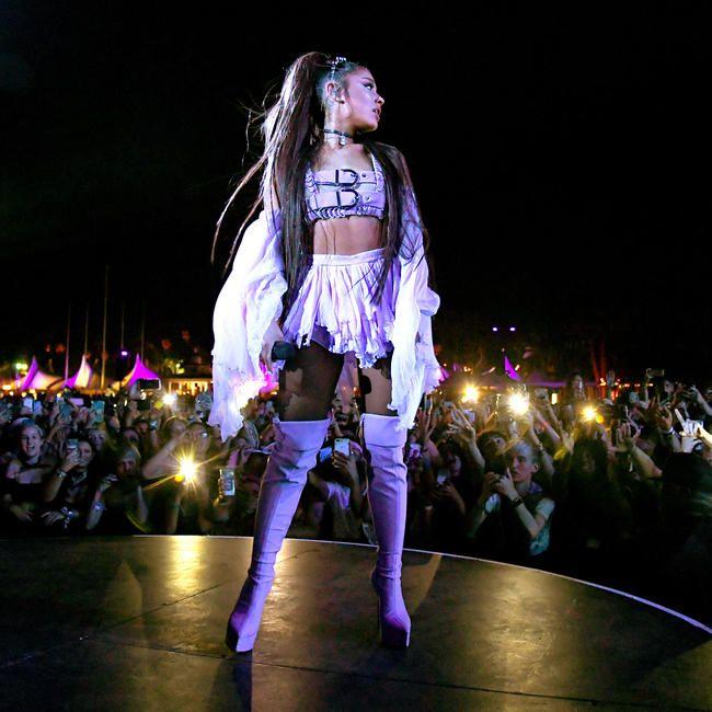 Ariana Grande hater en av hennes beste sanger og fans er gale AF