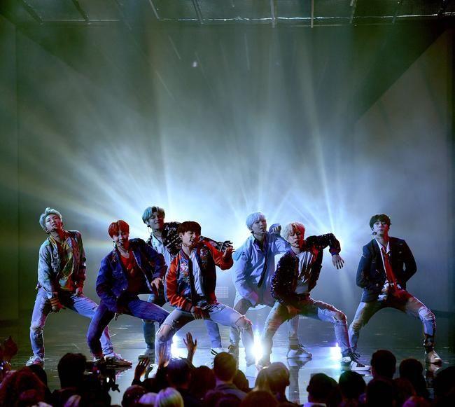 BTS objavljuje epski 'MIC Drop' glazbeni video sa Steveom Aokijem