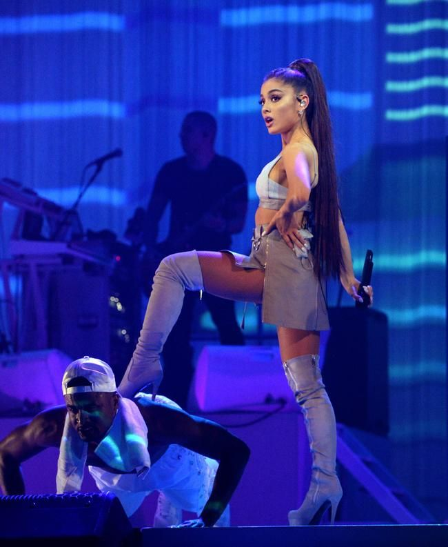 Ariana Grande a maintenant 19 clips vidéo certifiés VEVO