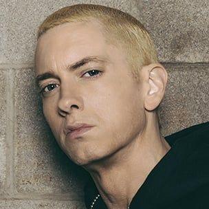 Tweets sehen zu: Eminem beschreibt das Umwerfen einer Münze auf 50 Cent 'In Da Club', während er Lyrics On Genius kommentiert