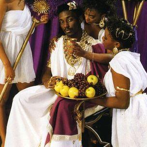 Tyga Style: Rap-Alben im Zusammenhang mit Kings, Queens & Royalty