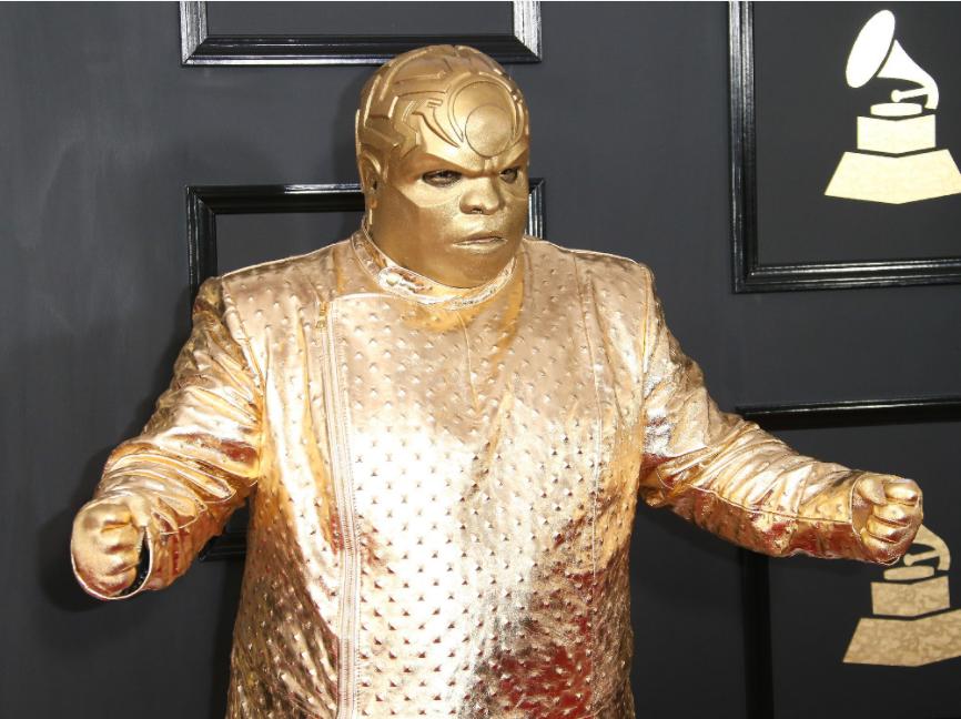Hvordan går CeeLo Green fra Goodie Mob til Gnarly Davidson Golden Guy ???