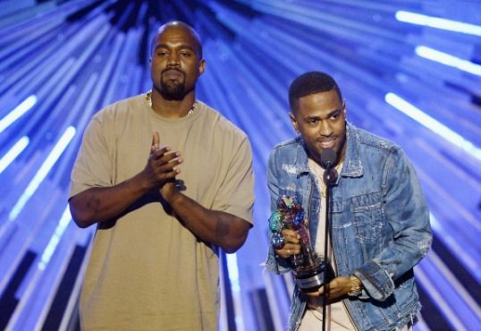 Wetteifern Rapper immer noch um den besten Vers? Anlage A: Kanye Wests 'Champions