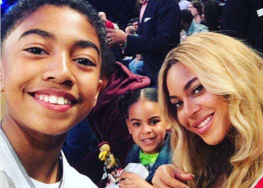 Instagram Flexin: Meilen von 'Black-ish' machen ein Selfie mit Beyonce & Blue Ivy