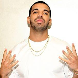 Hören Sie zuerst zu: Drakes '6 Gott' gegen 'Hitze des Augenblicks
