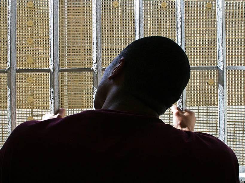 'Snitching' haqqında 25 Rap Mahnıları
