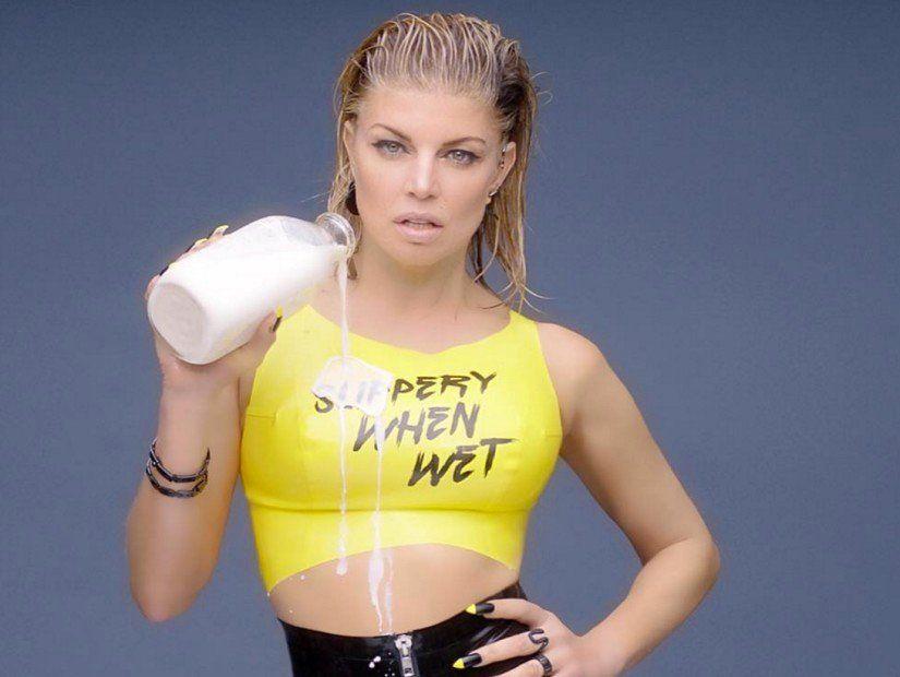 Instagram Flexin ': Fergie Recruits Ciara & Kim For M.I.L.F. Peningar