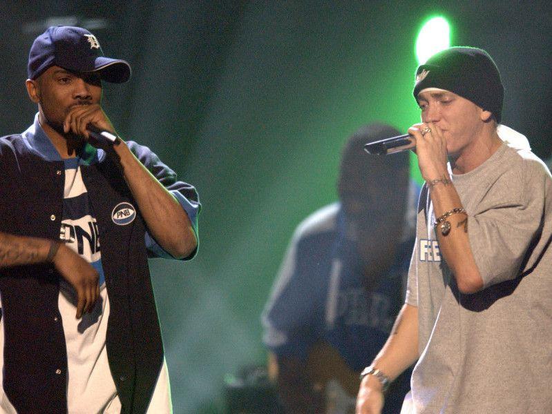 Ein beunruhigender Trend: 15 Rapper, die in ihrer eigenen Kapuze getötet wurden