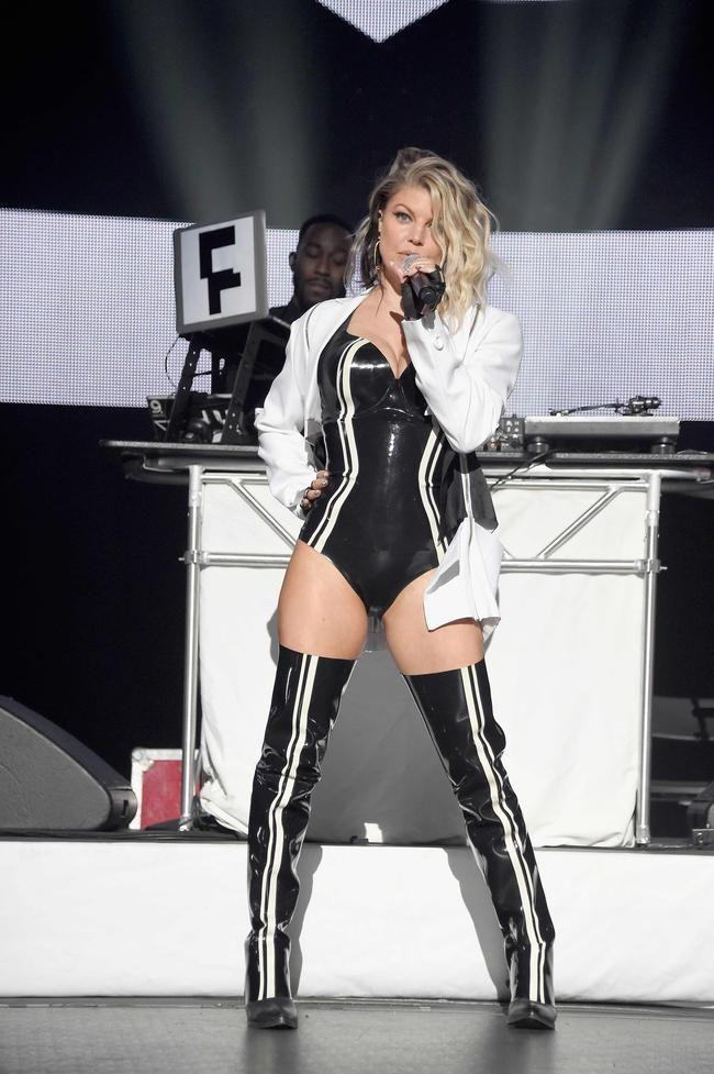 Surprendre! L'album de retour de Fergie 'Double Dutchess' est un visuel