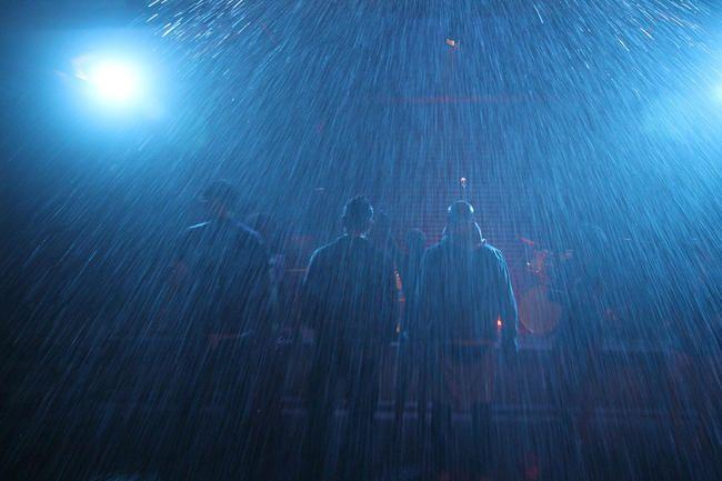 Ексклузивно! Сценарији су се Вратили са новим синглом 'Раин' и ево вашег првог погледа на музички видео