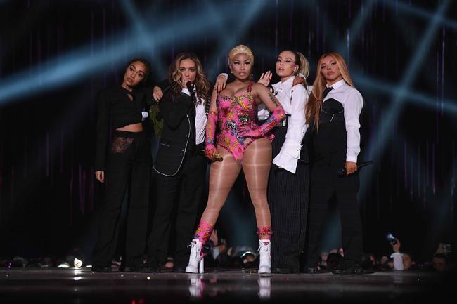 """2018 EMA: Little Mix og Nicki Minaj opna með """"Woman Like Me"""" flutningi"""