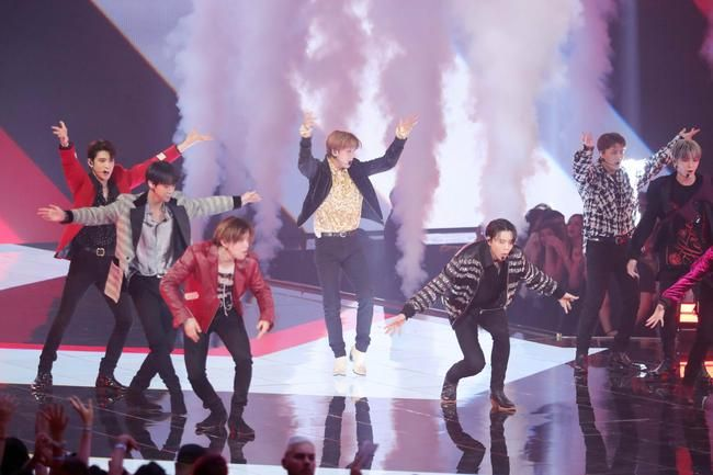 2019 EMA   NCT 127 Make History Performing 'Highway To Heaven