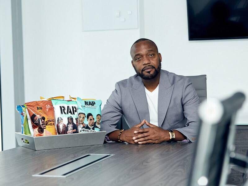 """""""Rap Snacks"""" paleidžia programą, kad išmokytų vartotojus vertybinių popierių rinkoje"""