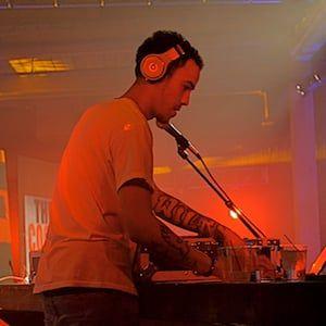 DJ Timbuck2 stirbt und verliert den Kampf gegen den Krebs