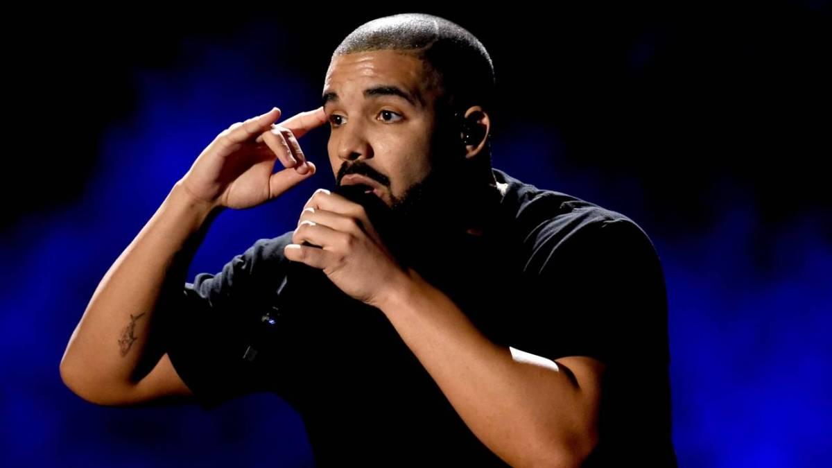 Drake stellt 6 Figuren für die URL Battle Rap Championship auf