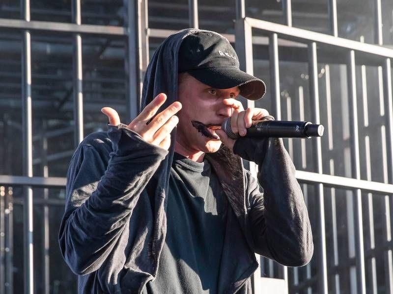 Verkauf von Hip-Hop-Alben: NFs 'The Search' blockiert die Chance The Rapper von Nr. 1 Billboard 200 Spot