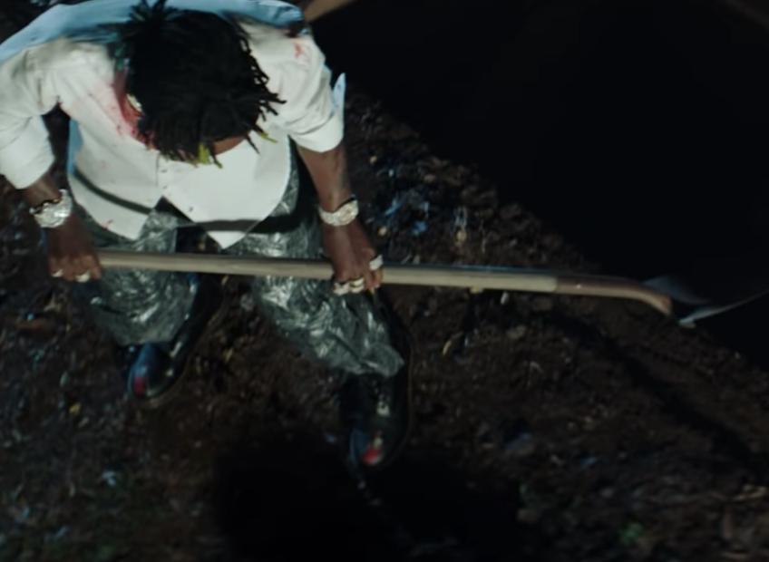 Rich The Kid setzt die Anti-Lil Uzi Vert-Kampagne in dem Video 'Dead Friends' fort