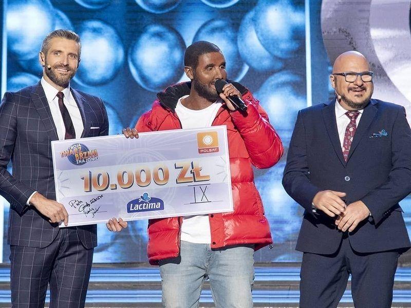 Polsk berømthed bærer Blackface for at efterligne Drake On TV Talent Show