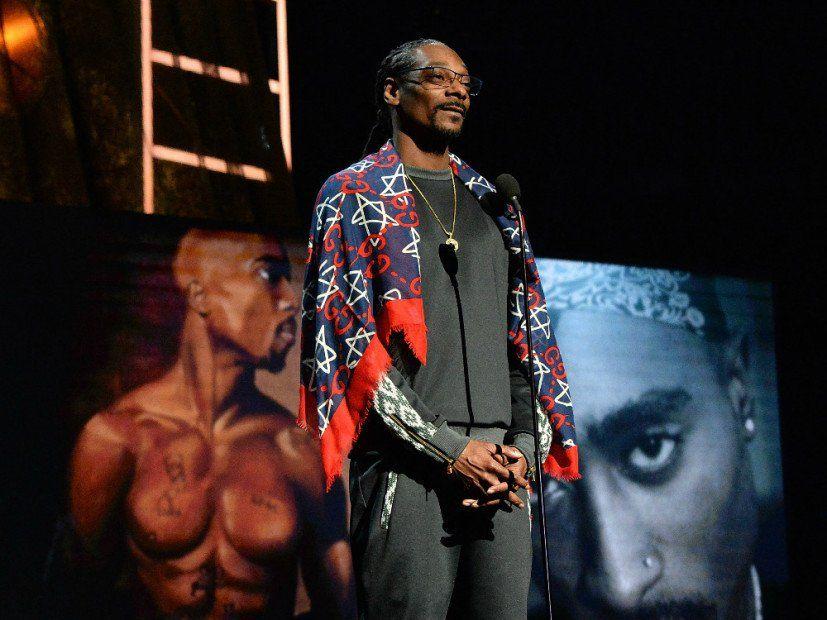 Tupac wurde offiziell von Snoop Dogg in die Rock & Roll Hall of Fame aufgenommen