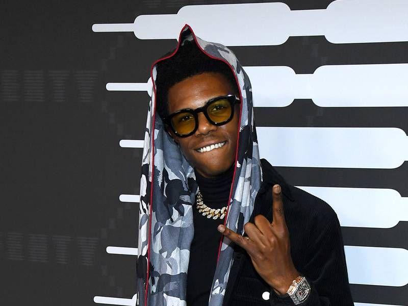 Un sweat à capuche Boogie Wit Da dit que Lil Tjay ment à propos d'une chaîne Highbridge volée