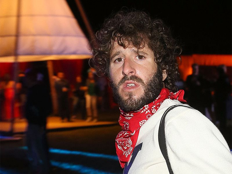 Lil Dicky kündigt Life Lessons Tour an