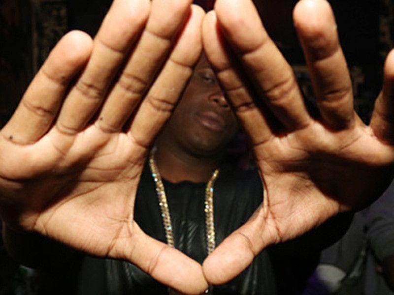 Twitter Dubs Le premier album de Jay Electronica `` Watch The Throne 2 '' parce que ... JAY-Z