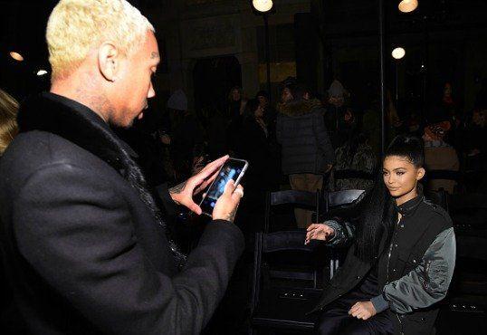 Тига потвърждава разпадането на Кайли Дженър; Отговори Blac Chyna & Rob Kardashian Въпроси