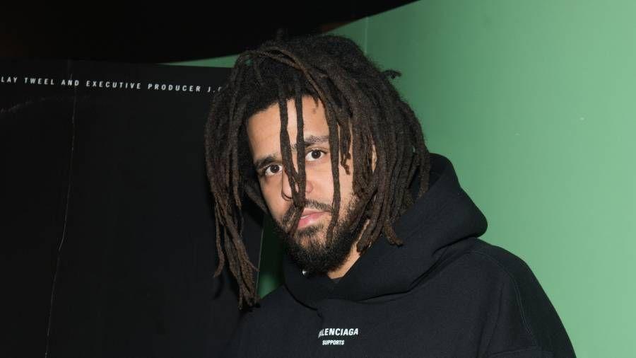 J. Cole établit son calendrier de sortie et il y aura beaucoup de musique avant `` The Fall Off '