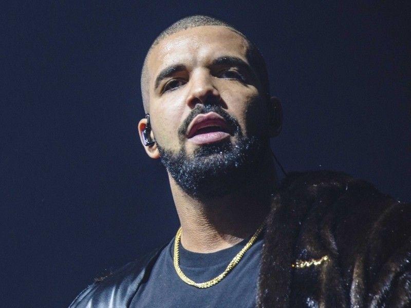 Drake taquine le single produit par Murda Beatz sur Instagram en direct