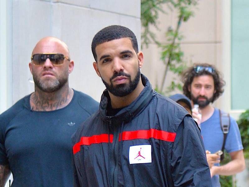 Streame Drakes 'Care Package'-Zusammenstellung