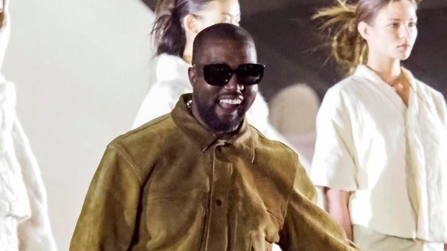 Kanye West sagt, seine berüchtigten Schulden in Höhe von 53 Mio. USD hätten sich in ein Vermögen von 5 Mrd. USD verwandelt