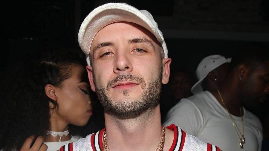 Drakes produsent Noah '40' Shebib foreslår at artister skal forlate personlige studioer