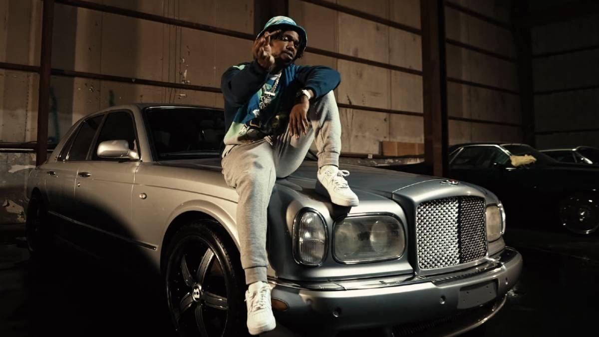 Curren $ y holt sein 'Geld ist kein Thang' -Auto für 'Jermaine Dupri' -Video heraus