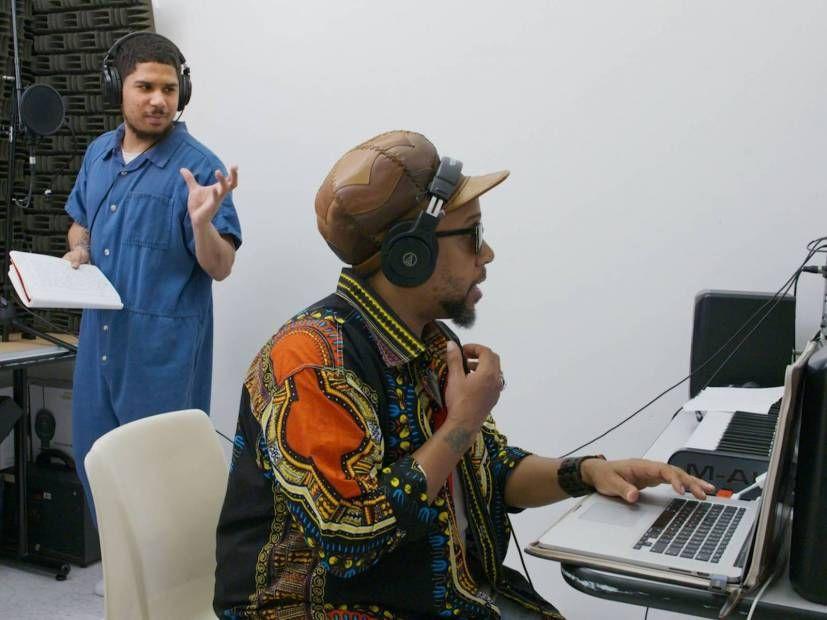 Interview: Rede entdeckt 'The Tupac Of This Era' Dreharbeiten zu '16 Bars 'Dokumentarfilm