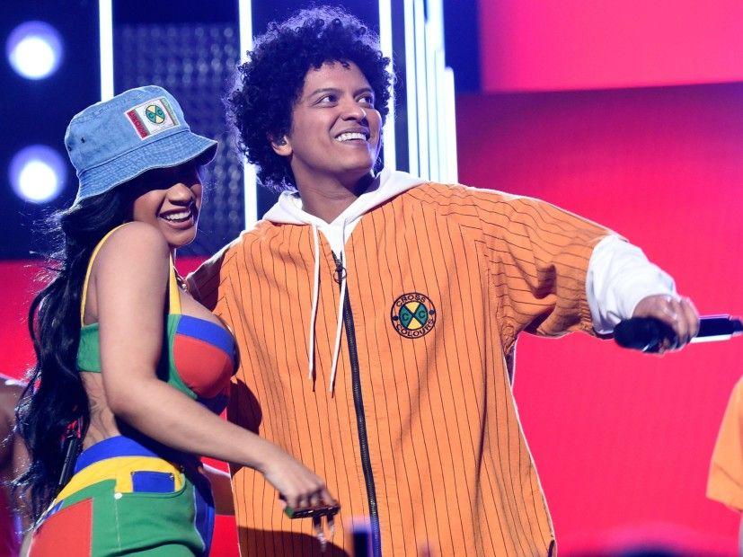 Bruno Mars ersetzt Cardi B durch R & B-Stars der Vergangenheit und Gegenwart