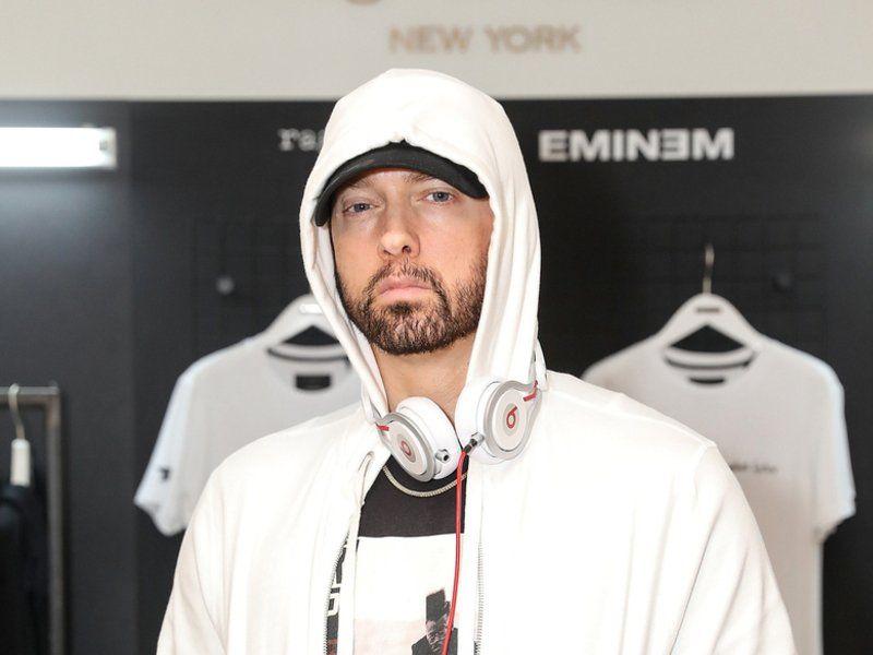 Eminem blir med i Logic For Homicide Single