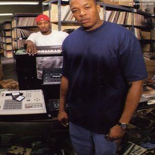Dr. Dre sagt, er habe seine Plattensammlung verkauft und enthüllt, was er aufbewahrt hat