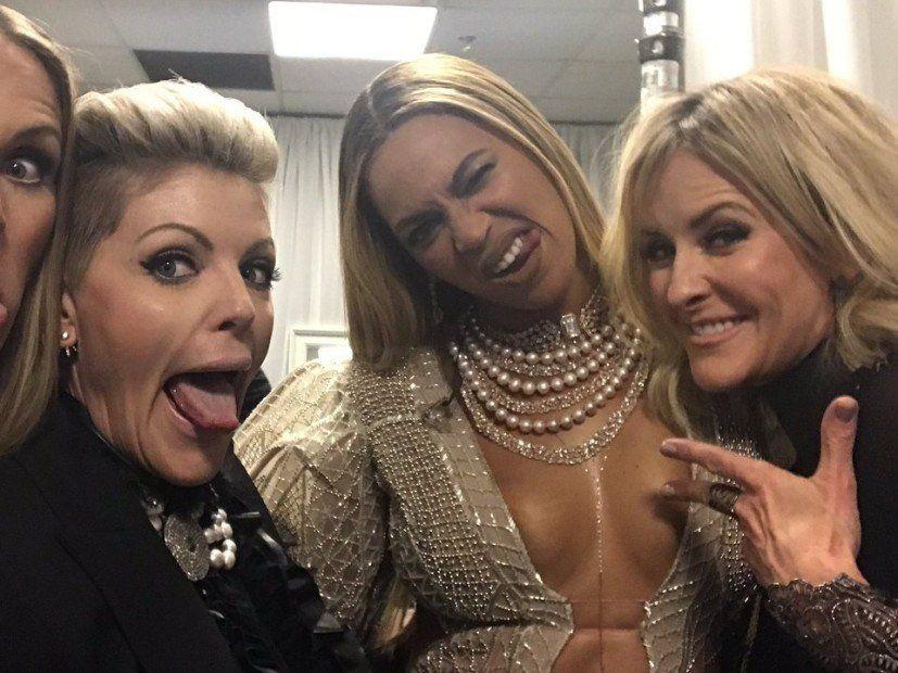 Her er hva Country Music Twitter tenkte på Beyonces CMA-ytelse