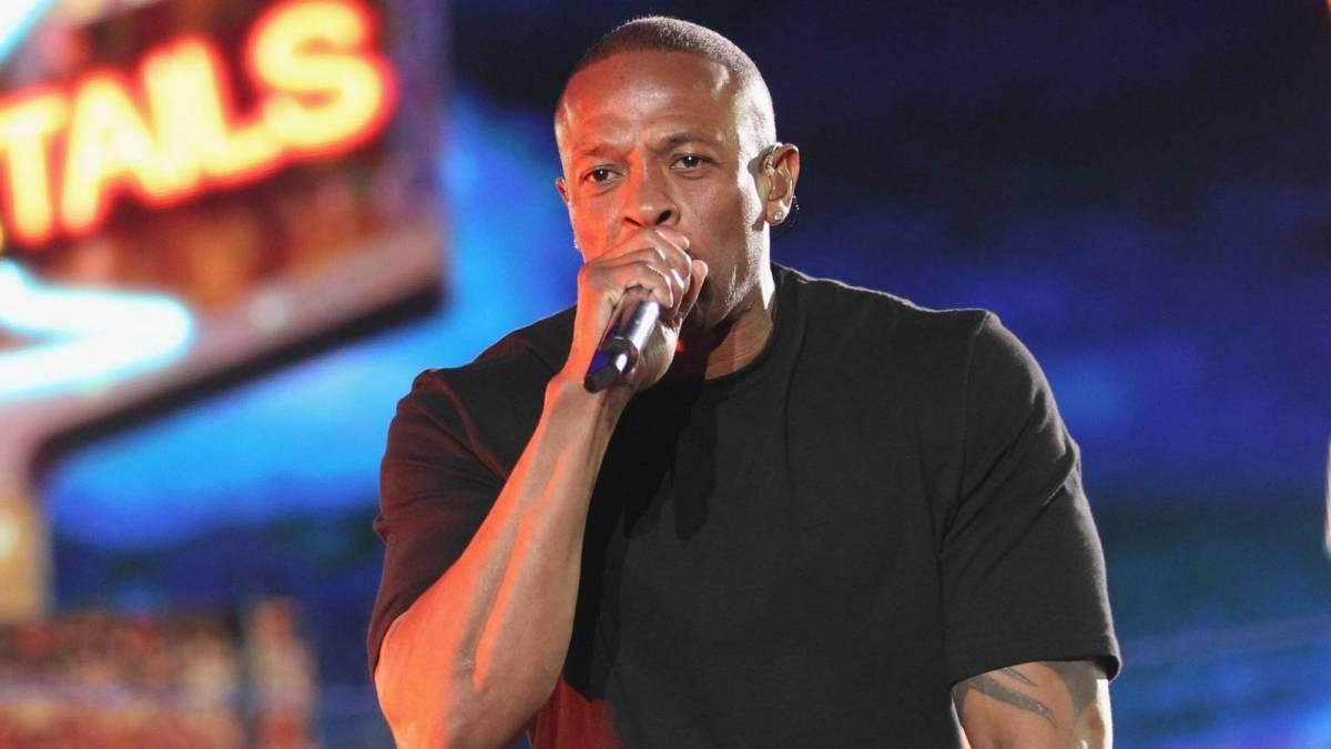 KXNG Crooked sagt, Dr. Dre brauche keine Ghostwriter - obwohl Eminem 'Feuer'-Verse schreibt